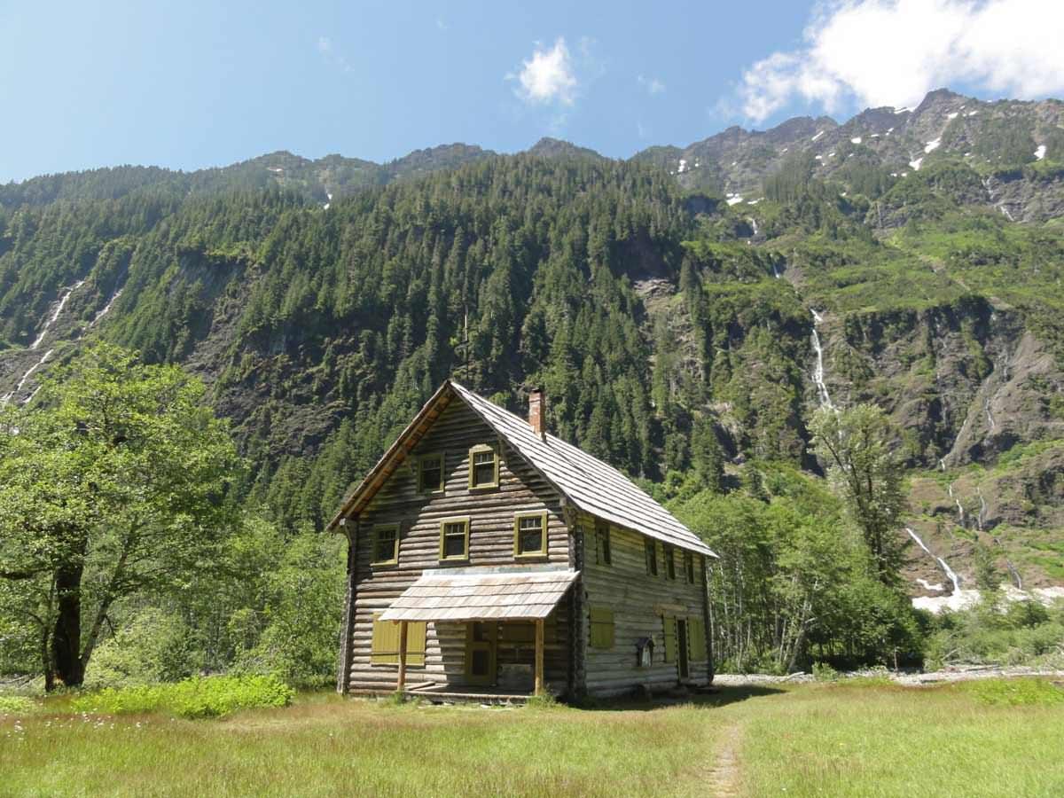 Mountain cabin porn Cabin Porn Modern Hiker