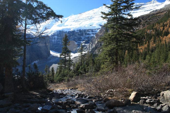plain of six glaciers-21