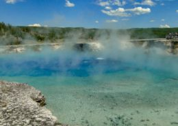 Yellowstone's Grand Prismatic Spring